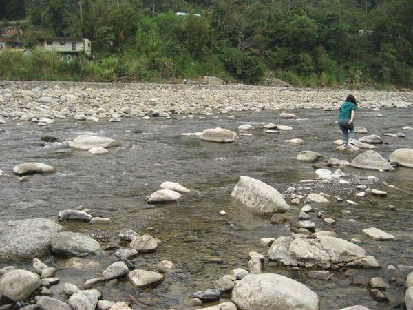 小溪邊跑跳碰系列--3