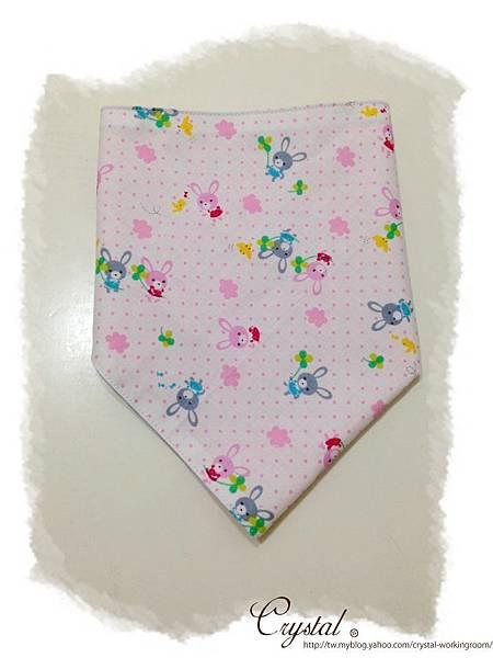 兔兔-三角頭巾領巾-1.jpg