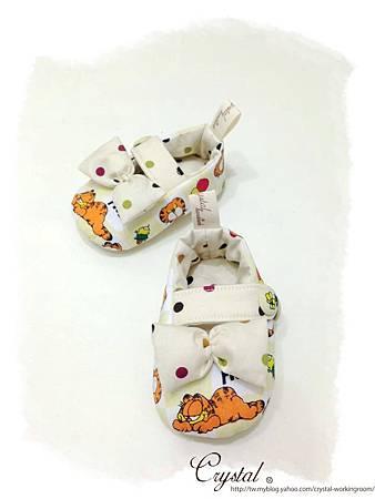 蝴蝶結趴睡加菲貓-寶寶扣帶鞋-3.jpg