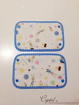 法國兔-背巾口水巾-雙面藍-2.jpg