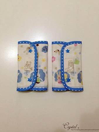 法國兔-大圖-藍-Ergo背巾口水巾-3.jpg