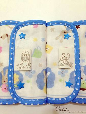 法國兔-大圖-藍-Ergo背巾口水巾-5.jpg
