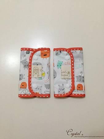 小妖怪-橘-Ergo背巾口水巾-1.jpg