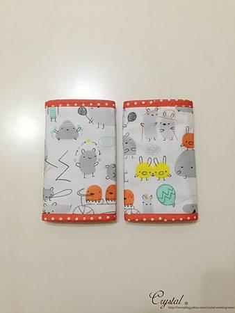 小妖怪-橘-Ergo背巾口水巾-2.jpg