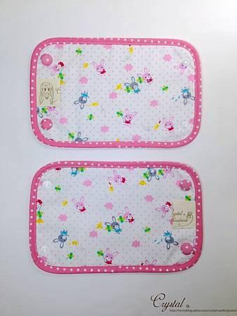 幸運兔-粉色-Ergo背巾口水巾-3.jpg
