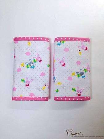 幸運兔-粉色-Ergo背巾口水巾-2.jpg