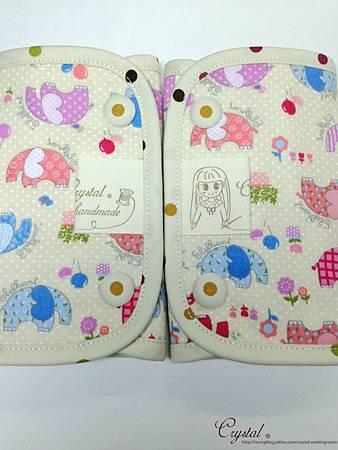 點點大象-米色-Ergo背巾口水巾-5.jpg