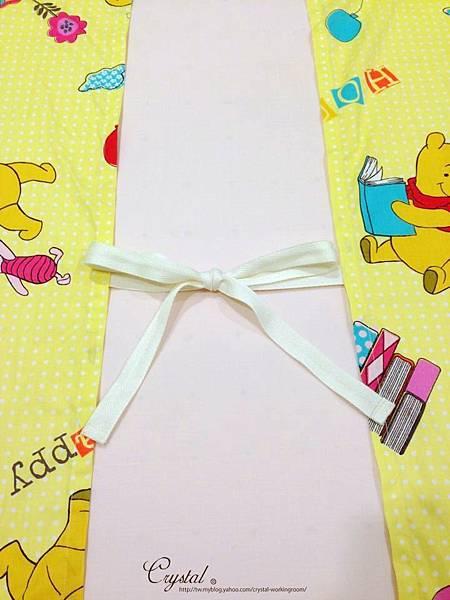 維尼-黃色-嬰兒床包130X70X10cm-2.jpg