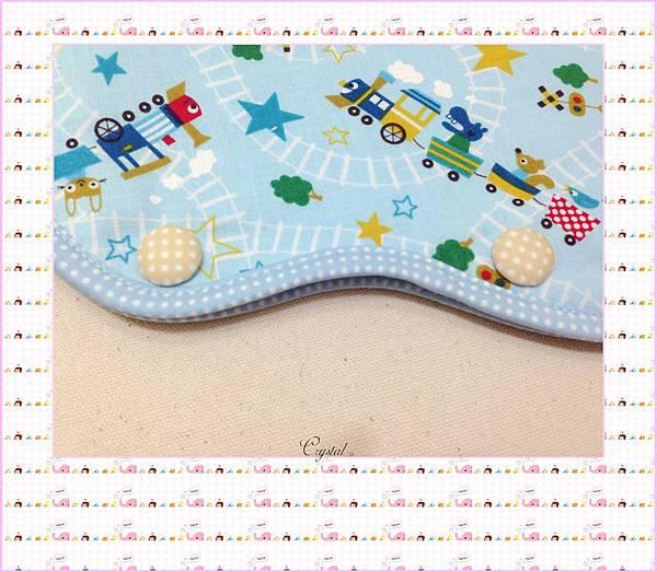 動物列車(藍色)~Baby Bjorn背巾專用口水巾-5.jpg