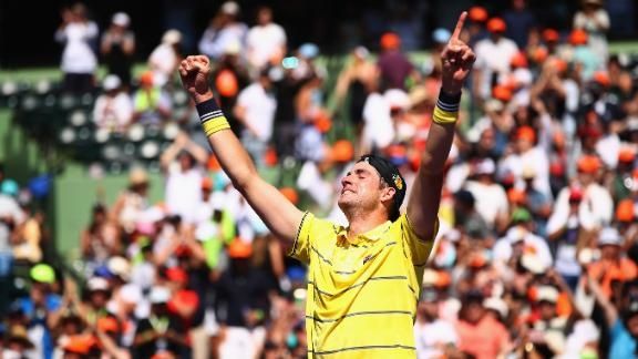 dm_180401_INET_TEN_Miami_Open_Isner_3_aces.jpg