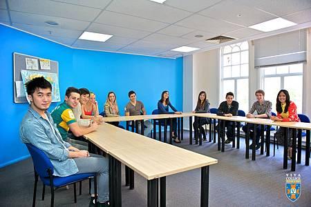 20120823-Viva-classroom-web-res-24