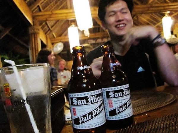 【長灘島】Nigi Nigi-啤酒.JPG