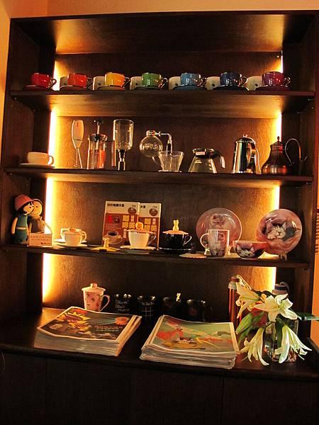 【老柴咖啡館】咖啡用具、杯.JPG