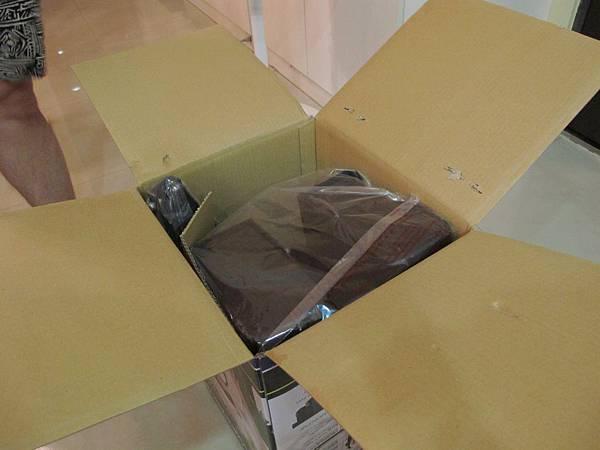 【袋鼠椅】開箱~.JPG
