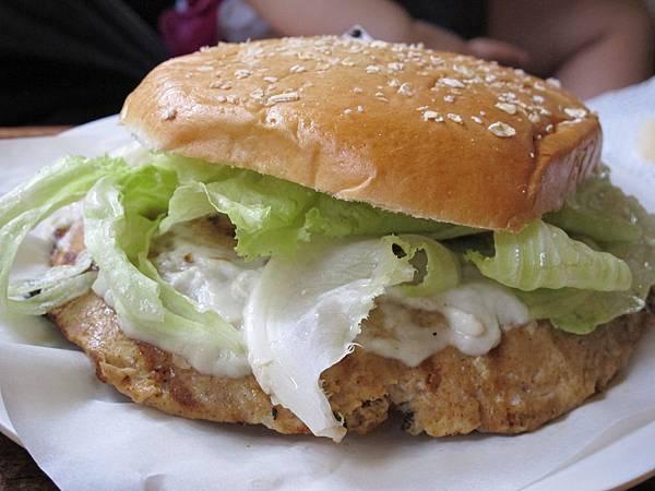 【長灘島】BITE CLUB-雞肉堡藍霉起司醬