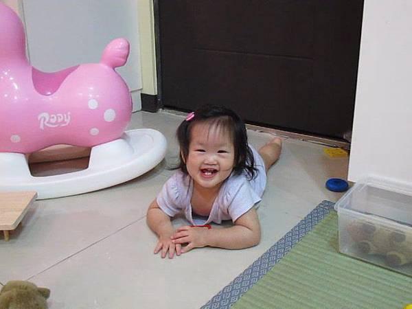 【15M18D】唉唷的笑點?.JPG