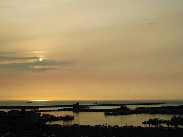 南寮漁港的夕陽.jpg
