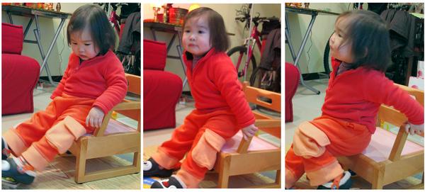 何小妞玩椅子.jpg