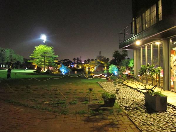草原夜景.JPG