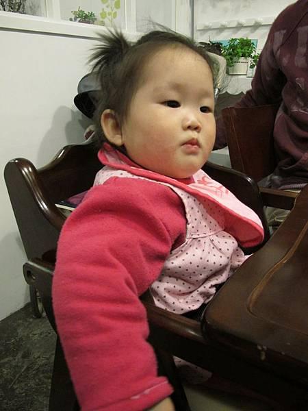 有兒童餐椅.JPG