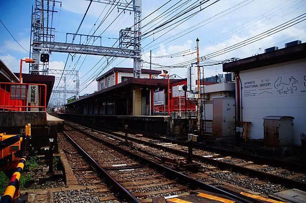 京都,稻荷神社火車站