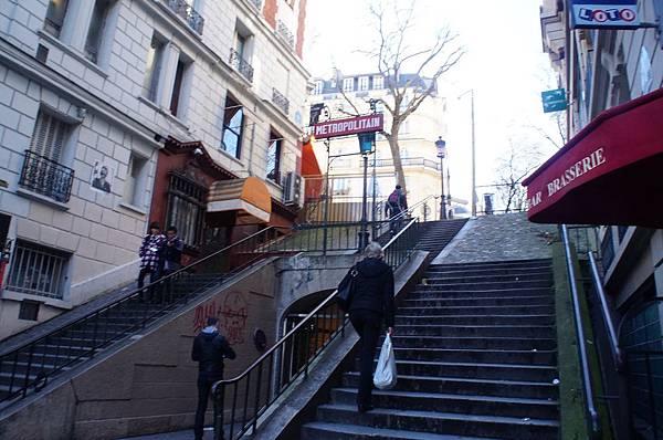 巴黎地鐵站出入口 蒙馬特區