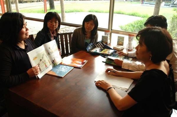 090418-國美館繪本討論會02.JPG