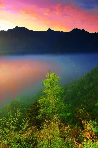 10玉山國家公園     品雪與雲海之美