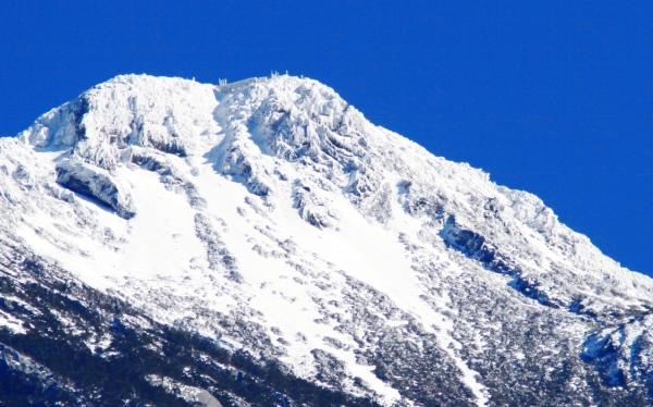 12玉山國家公園     品雪與雲海之美