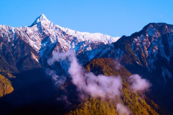 18玉山國家公園     品雪與雲海之美