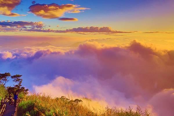 11賞隙頂二延平    雲霧潤蒸之美一