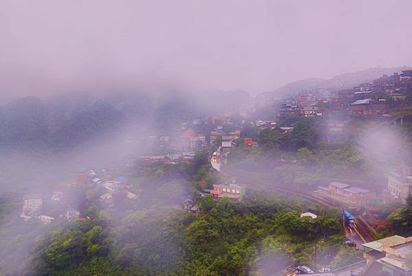 12九份山嵐氤氳雨潤之美