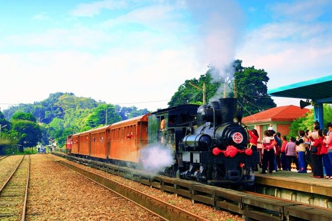9觀光森林火車  五