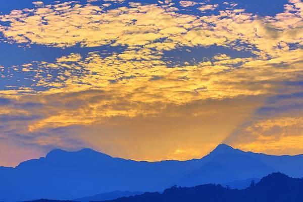 8玉山日出之美