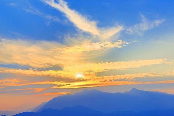 15玉山日出之美