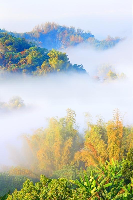8台灣雲霧波光之美