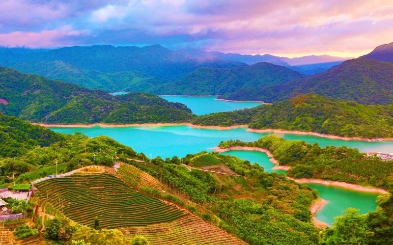 12台灣雲霧波光之美