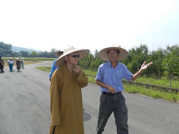開山和尚參訪永齡有機農業園-觀摩有機農場的施作及營運狀況