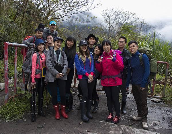 加羅湖四季登山口.jpg