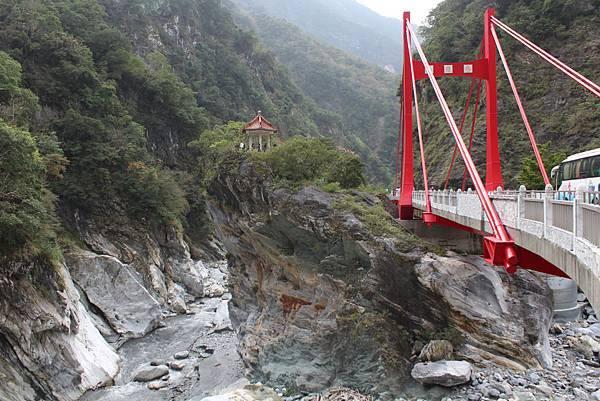 慈母桥1.jpg
