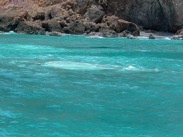 海底溫泉湧上流