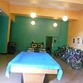 BOSTON BERKELEY YWCA有球桌,旁邊的腳踏車是user的,不是可借的