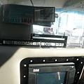 紐約的計程車後座有衛星導航的銀幕可以看