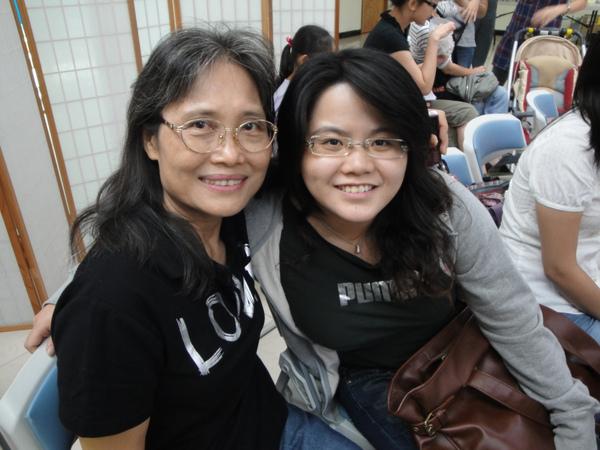 雅惠跟朱媽媽