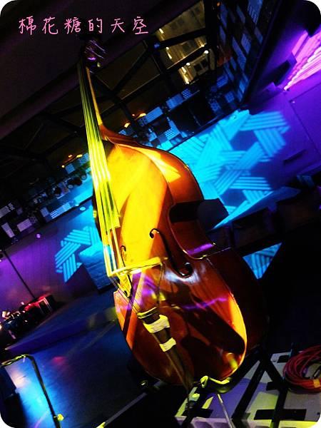 00閃耀的大提琴