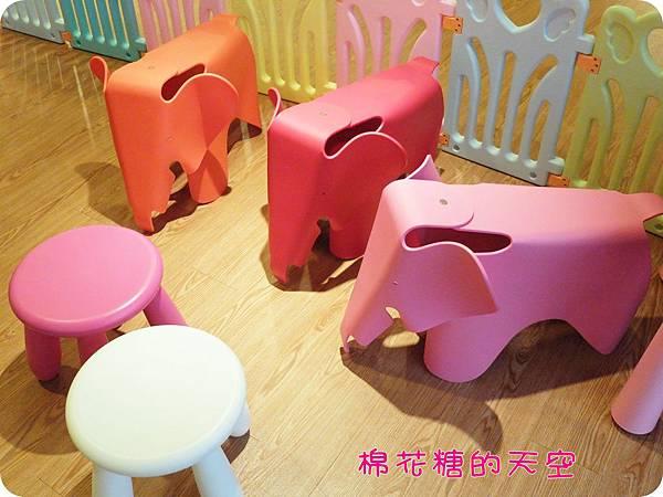 00二樓大象椅.JPG