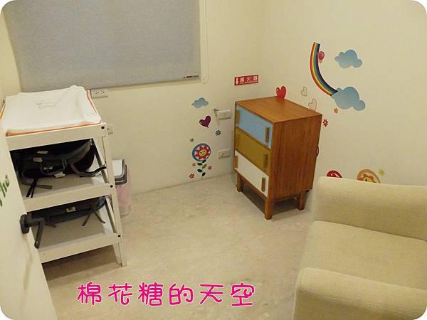 00二樓育嬰室.JPG