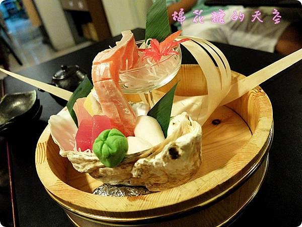 00生魚片套餐.JPG