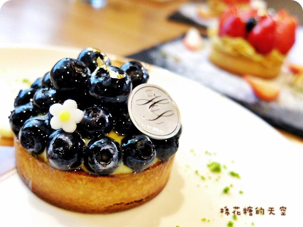 """1450761221 3493840661 - 《台中甜點》窩在巷子裡的甜點店""""窩巷""""季節限定草莓塔鮮紅欲滴~每日限量的喔!還"""