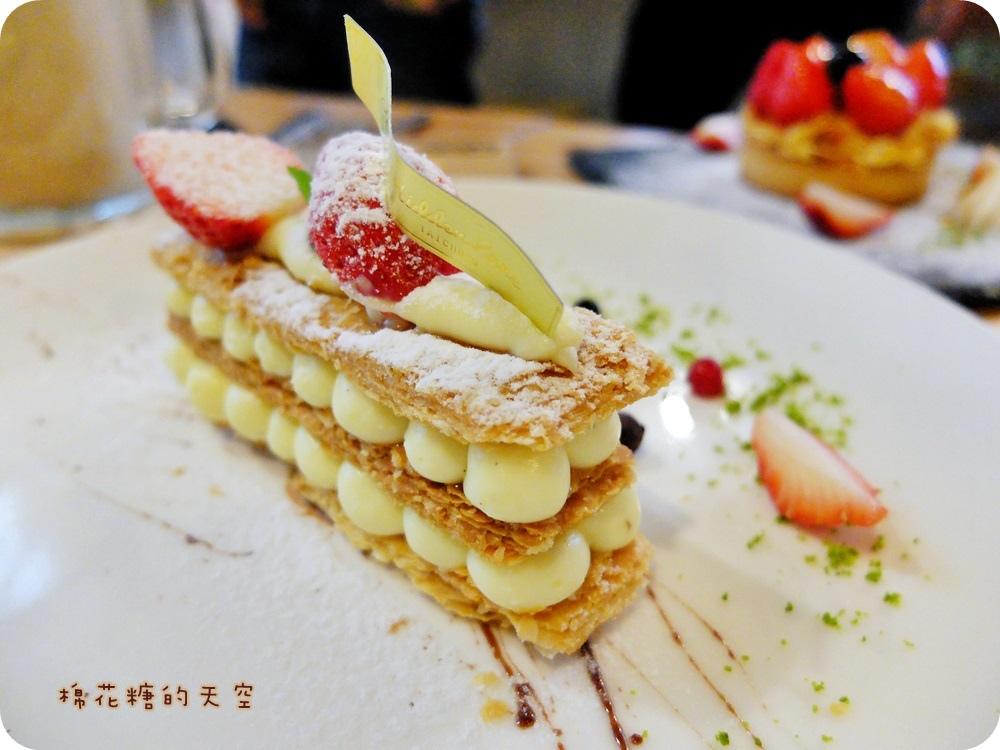"""1450761223 2411251534 - 《台中甜點》窩在巷子裡的甜點店""""窩巷""""季節限定草莓塔鮮紅欲滴~每日限量的喔!還"""
